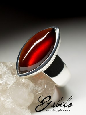 Silver ring with hessonite