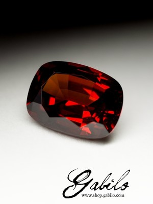 Garnet Almandine-Spessartine cut 2.70 carats with gem report MSU
