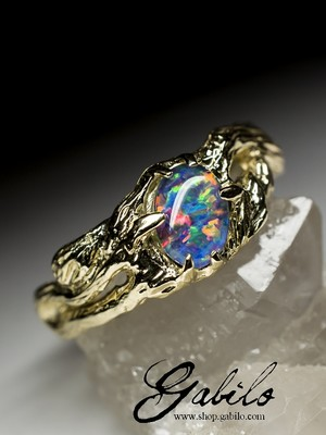 Made to order: Triplet Opal Gold Ring
