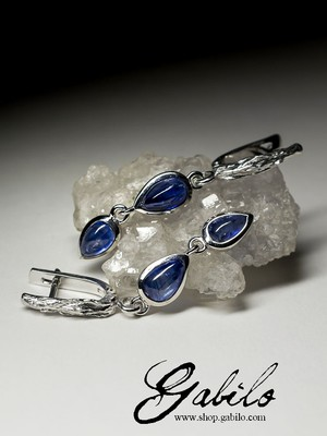 Silver earrings with kyanite