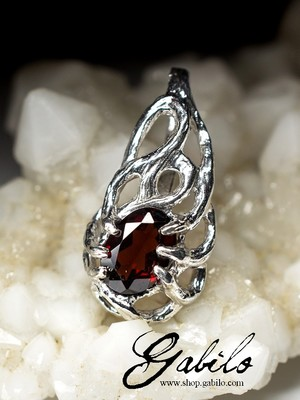 Almandine Silver Pendant with gem report MSU