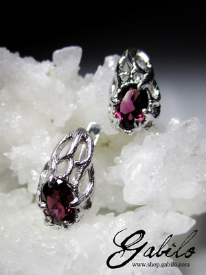 Rhodolite Garnet Silver Earrings