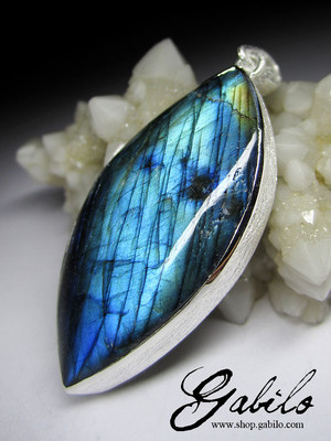 Labradorite moonstone silver necklace