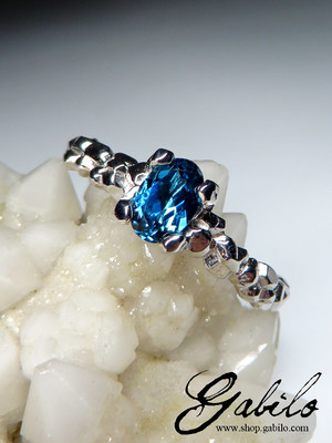 Made to order: Blue topaz gold ring with Gem Report MSU