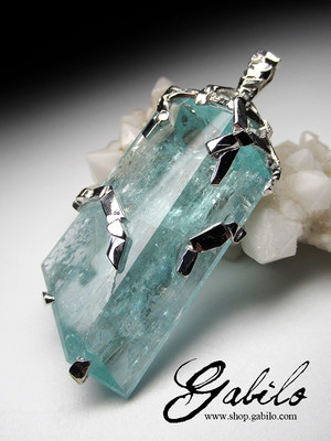 Made to order: Aquamarine silver pendant