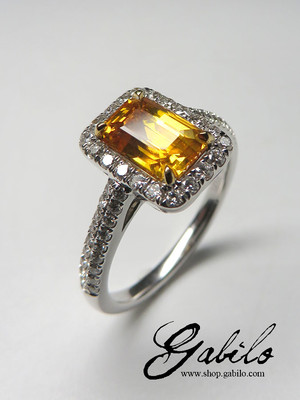 Made to order: Yellow sapphire diamonds gold ring