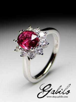 Ruby and diamonds gold ring