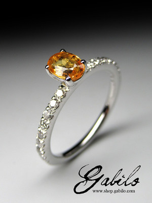 Yellow sapphire diamonds gold ring