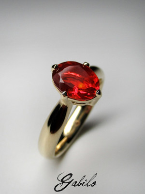 Fire opal gold ring