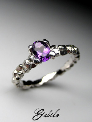 Made to order: Amethyst gold ring