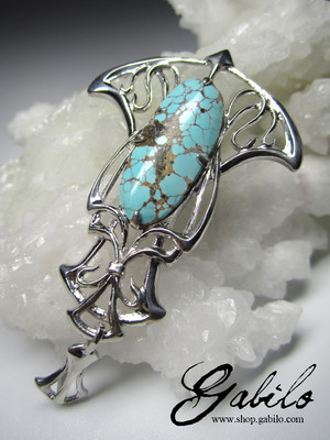 Turquoise silver pendant