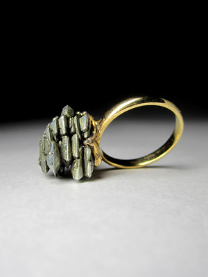Gold ring with marcasite