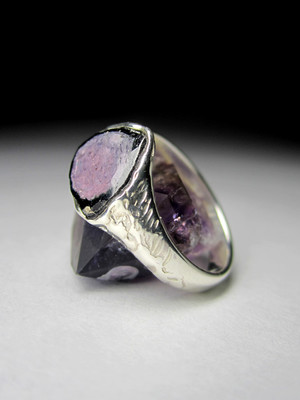 Ring with a slice of tourmaline watermelon