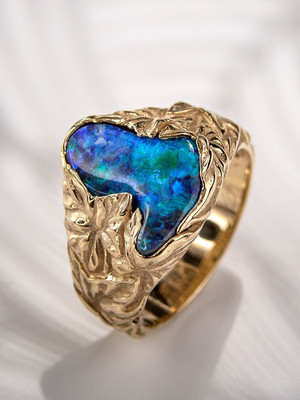 Black opal 14k gold ring