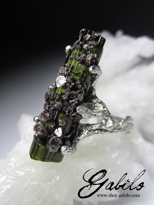 Green Tourmaline Crystal Silver Ring