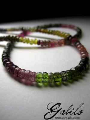 Beads from color tourmaline