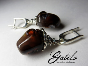 Earrings with fire agate