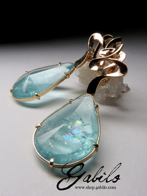 Certified gold earrings with aquamarines