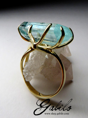 Made to order: Large aquamarine crystal gold ring