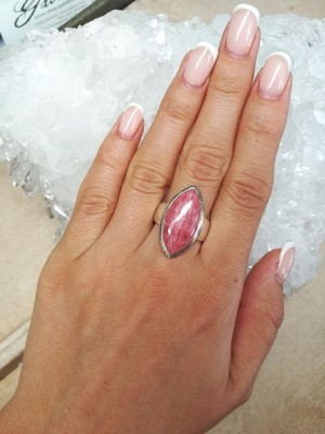 Ring with Rhodochrosite