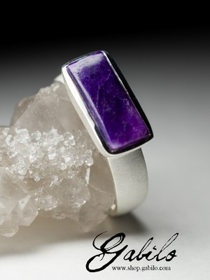 Silver ring with sugilite