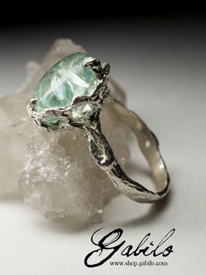 Silver ring with aquamarine