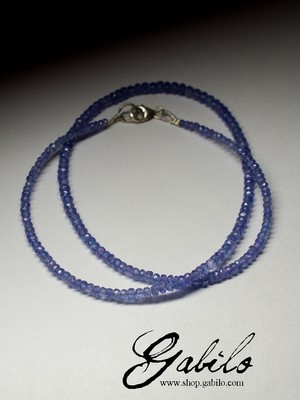 Beads from tanzanite