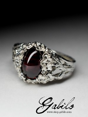 Silver Ring with Pomegranate Almadin