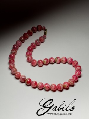 Beads from rhodochrosite