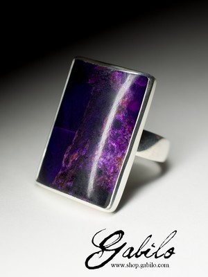 Large ring with sugilite