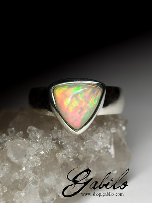 Ring with Ethiopian opal