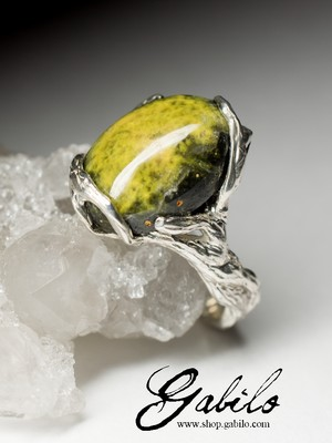Ring with a landscape jasper in silver