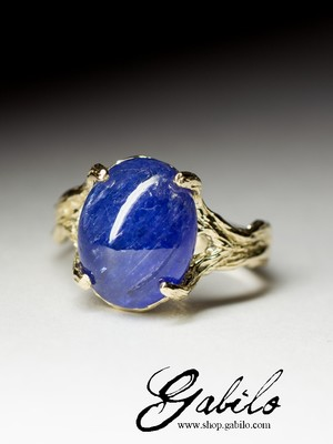 Made to order: Tanzanite gold ring