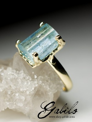 Made to order: Aquamarine crystal gold ring