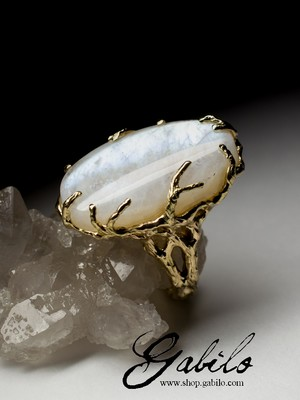 Belomorite moonstone gold ring