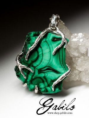 Silver pendant with Ural malachite