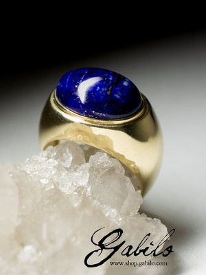 mens gold ring with lapis lazuli