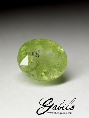 Demantoid 9x10 oval cut 5.75 ct