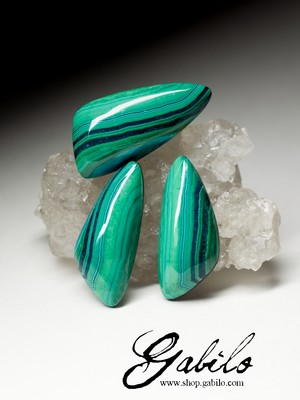 Chrysocolla set 28.85 carat