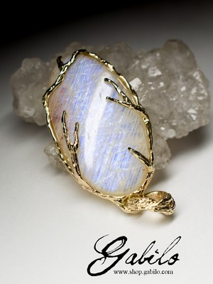 Belomorite moonstone gold necklace