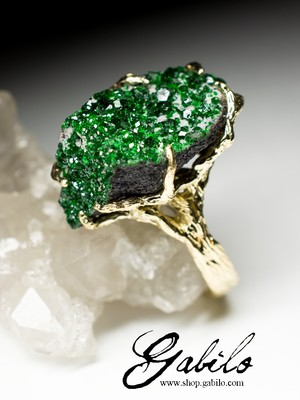 Uvarovite Gold Ring