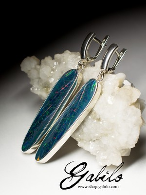 Silver earrings with opal doublet
