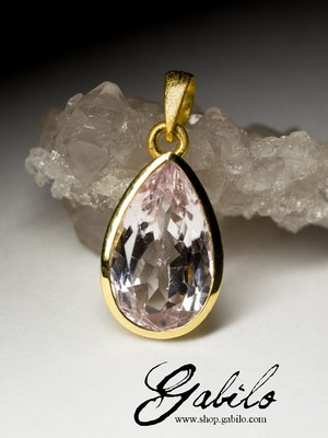 Silver pendant with kunzite in gilding