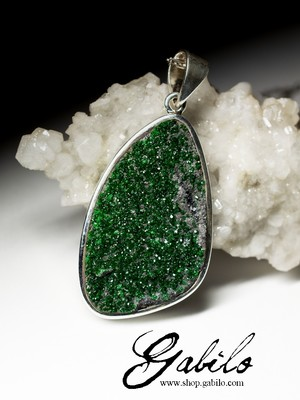 Large silver pendant with uvarovite