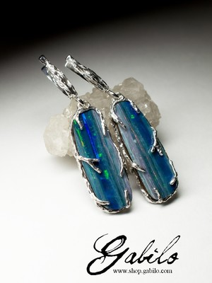 Earrings with opal doublet in silver