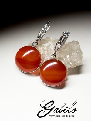 Silver earrings with cornelian
