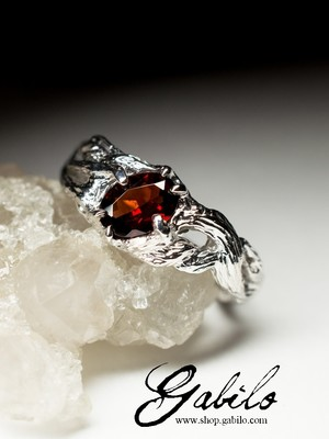 Garnet Silver Ring with gem report MSU