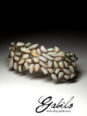 Silver bracelet with opals