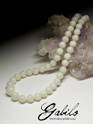 Beads of white jade