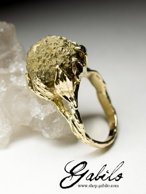 Golden ring with pyrite Art Nouveau
